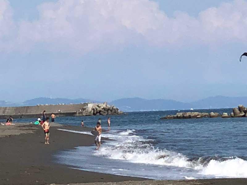 ファミリーや友達同士でのんびりできるビーチ