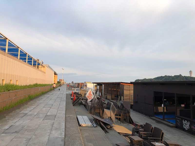 新江ノ島水族館前