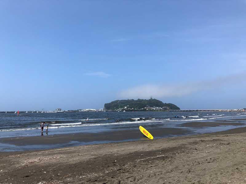 青空と江ノ島