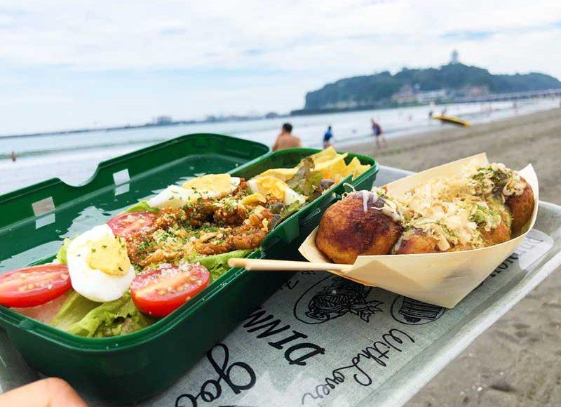 【2018片瀬東浜海の家グルメ】銀だこカレーが暑いビーチで超おすすめ!