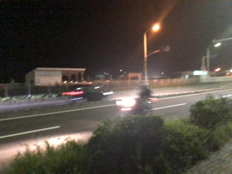 爆音のバイクが来た!