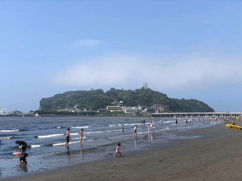 海開き当日の江ノ島海水浴場