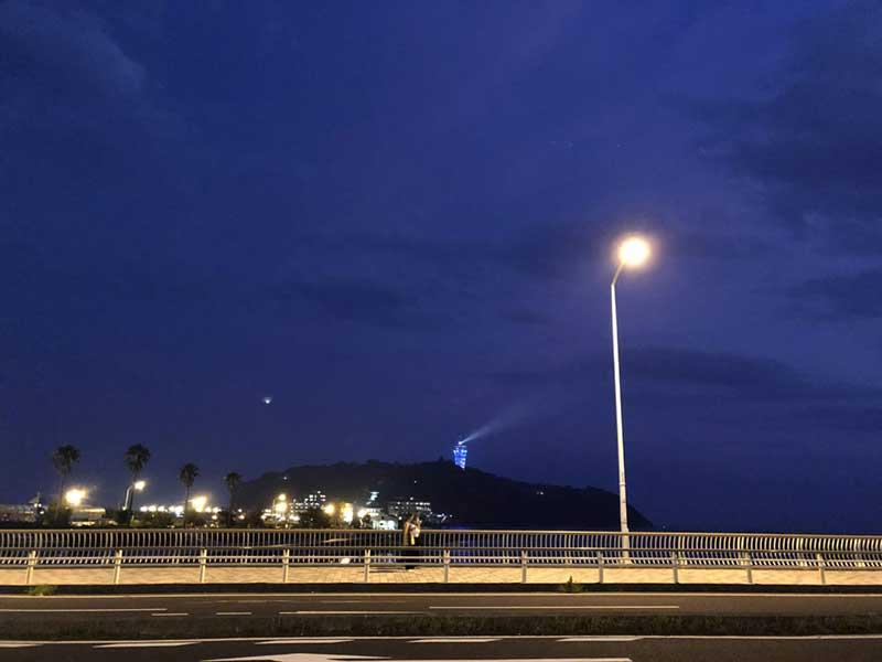 江ノ島のライトアップがきれい