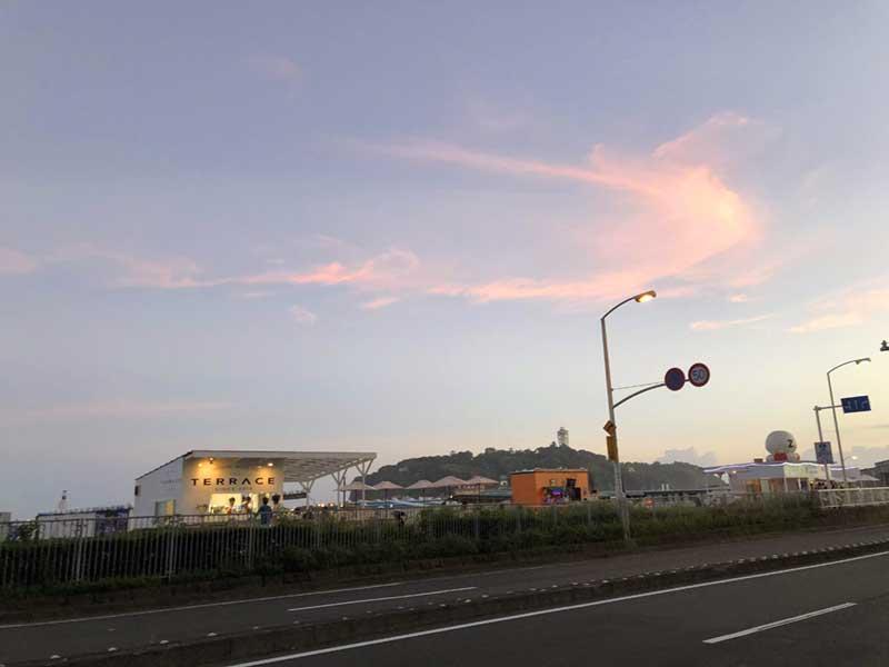 東浜に日が落ちる