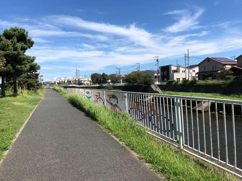 いつも気持ち良く走れる引地川サイクリングコース