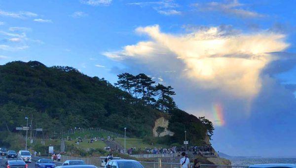 【稲村ケ崎でダイヤモンド富士】2日間曇で見えず!でも珍しい虹の写真が撮れました!