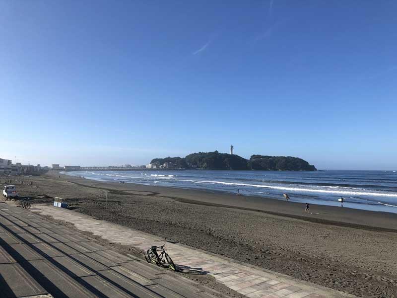 反対側には江ノ島が