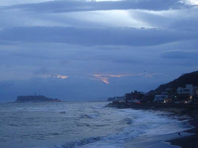 夕陽も雲に完全に隠れちゃいました