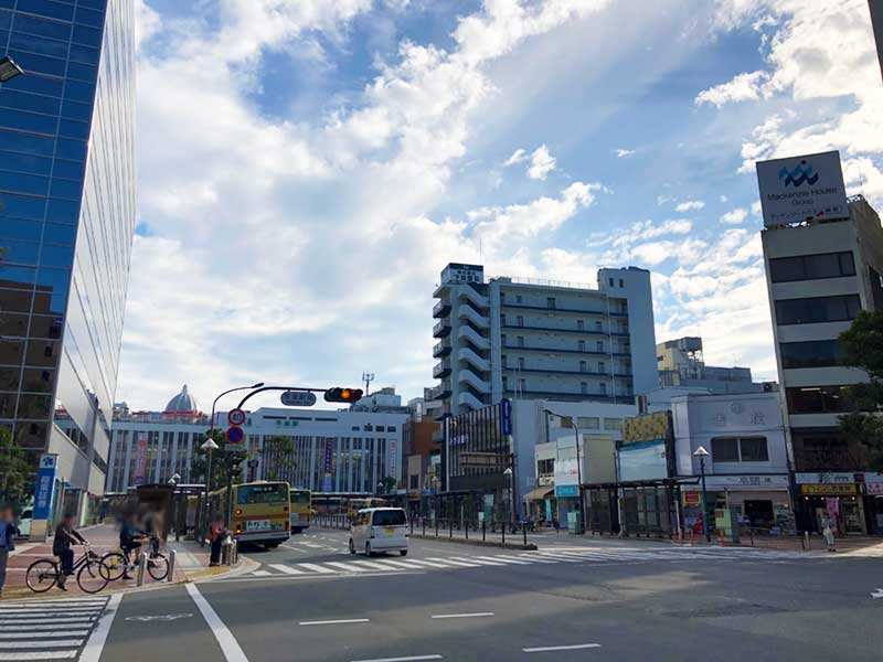 平塚駅北口のオフィス街