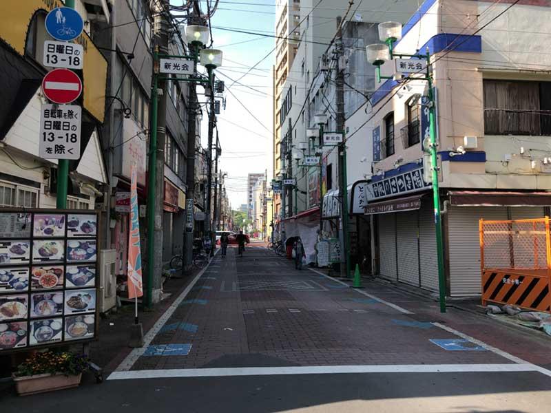 静かな平塚の商店街