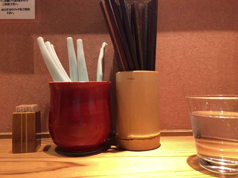 箸とレンゲ