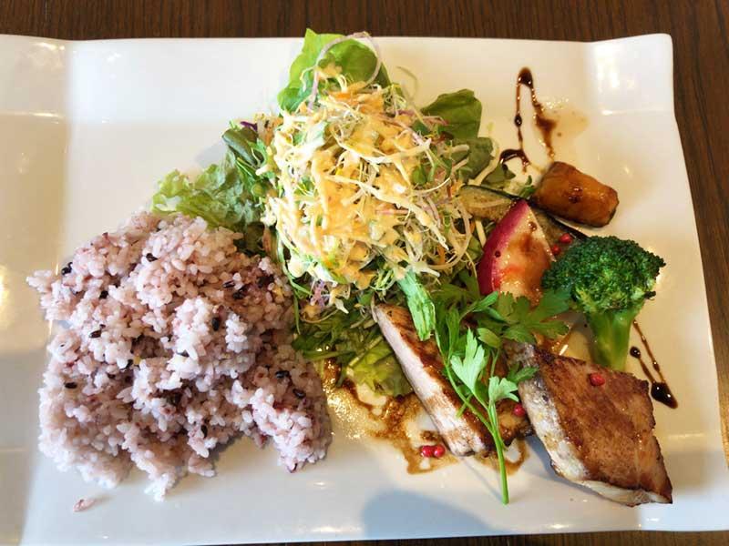 湘南豚ロースと旬野菜のグリル