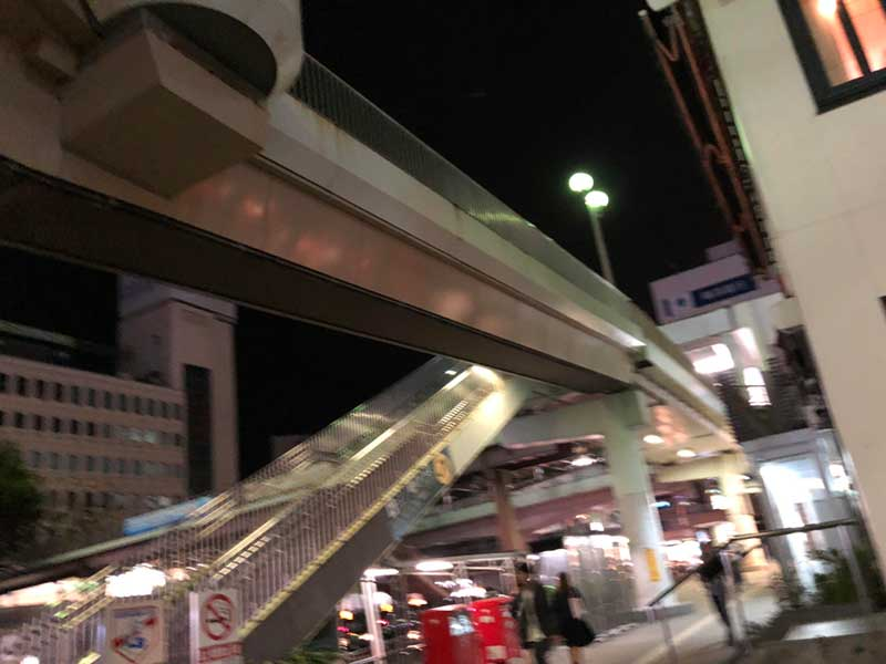 深夜めしとラーメンの激戦区、藤沢駅南口