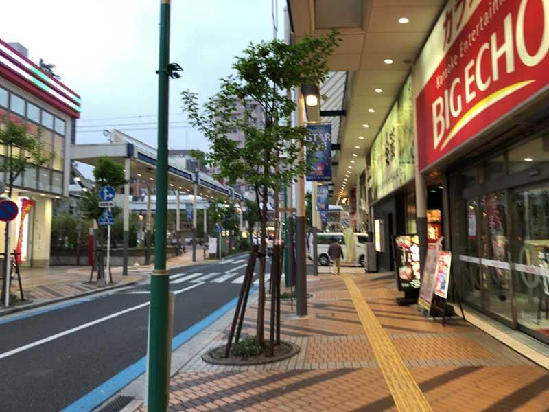 平塚駅北口の寂れた商店街