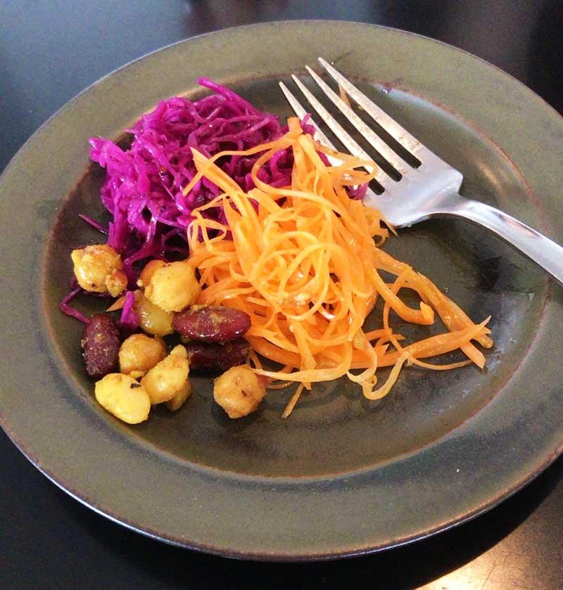 お豆に人参に紫キャベツ