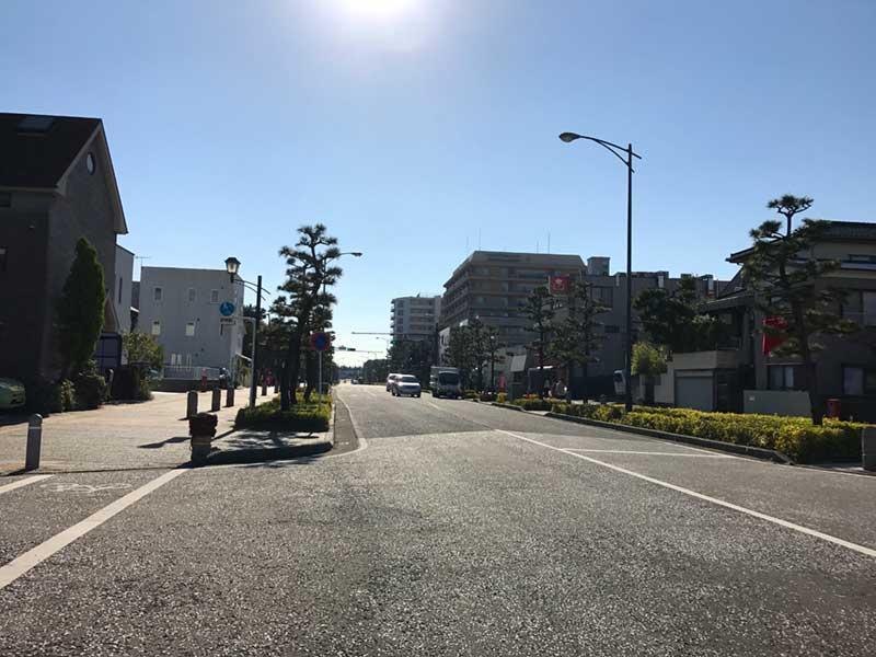 平塚の南側は通りが広い