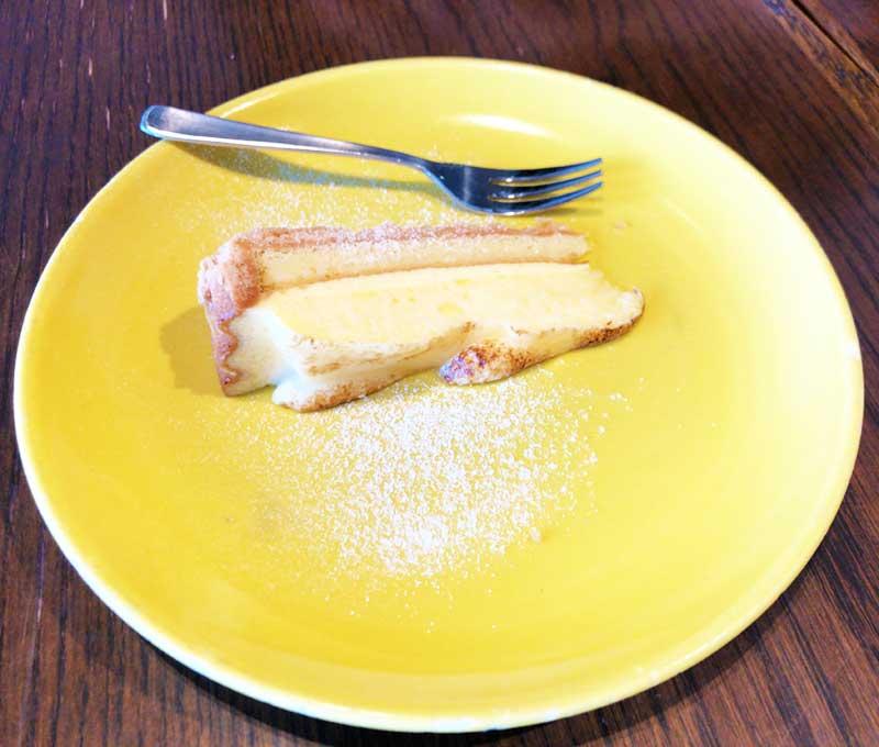 きれいなコンポートケーキ