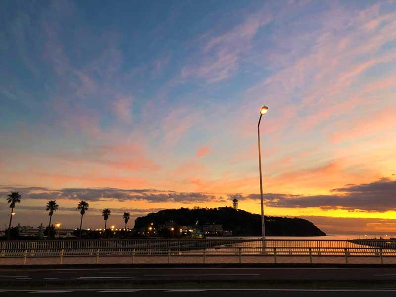 江ノ島と夕焼け