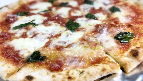 【湘南福猫】本格石窯ピザは持ち帰りもおすすめ!片瀬で一番旨い本格テイクアウトピザかも!