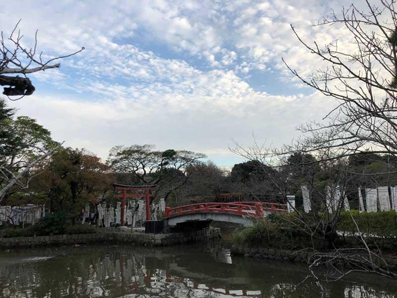 源氏池と弁財天