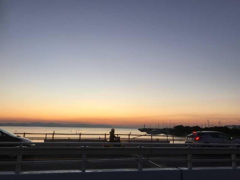 弁天橋からも初日の出は見られますが