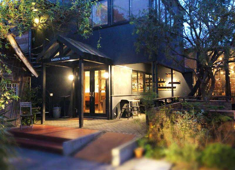 【鎌倉ガーデンハウス】スタバ隣の穴場ガーデンテラスで無国籍料理!鎌倉ハム・鎌倉ビールが旨い!