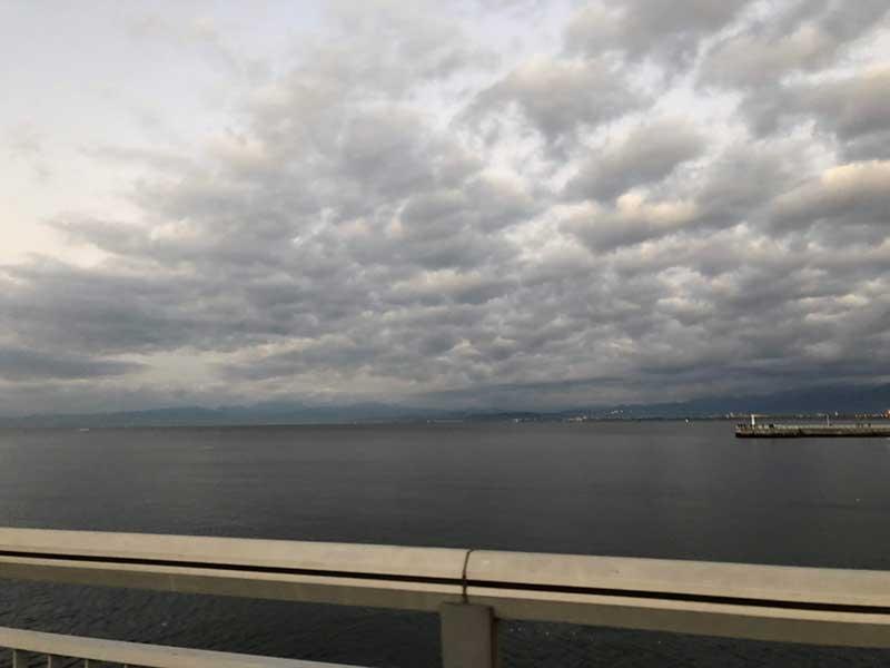 今日は富士山は見えませんね