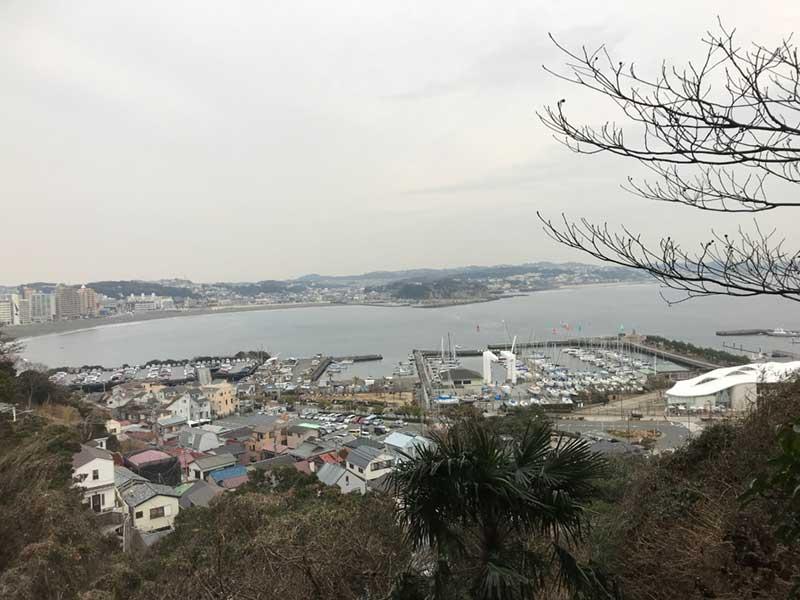 寒い2月の江ノ島