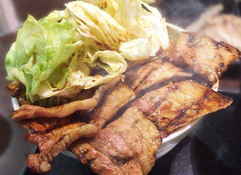 【平塚どデカ盛り豚丼なまらうまいっしょ】秘伝のタレ炭火焼きで香ばし柔らかい!味とボリューム大満足!