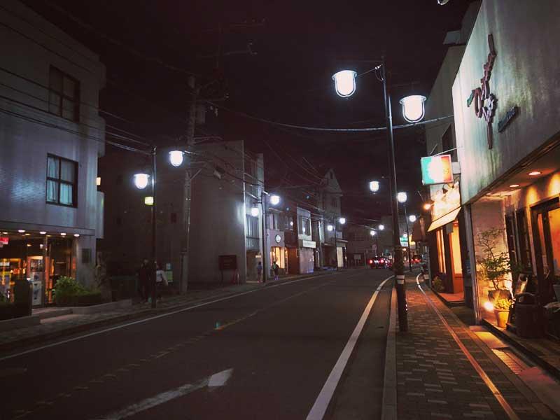 鎌倉の夜は飲み屋探しに苦労する