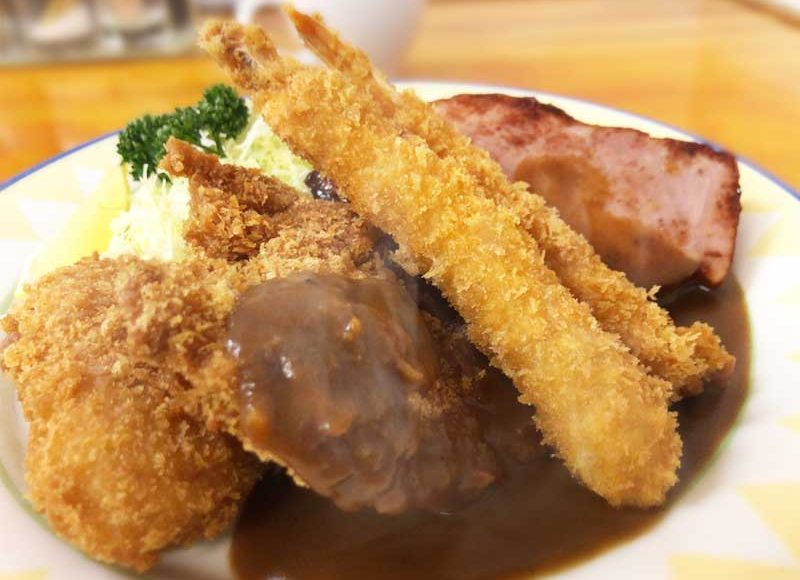 【平塚デカ盛りグルメ1番人気は洋食ゾロ】おすすめメニューが決められない!味とコスパ最高!これぞ大衆食堂だ!