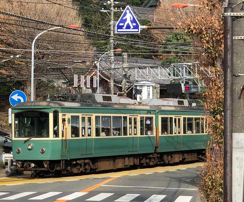 江ノ電江ノ島駅からも近い場所