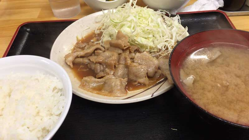 毎日食べても飽きない小林屋の生姜焼き定食530円
