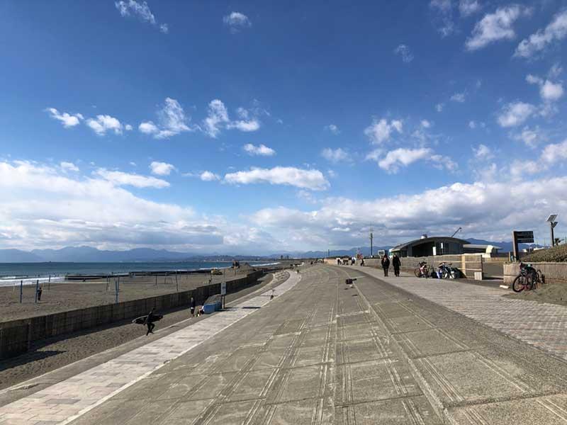 雲がなければ富士山が見える最高の浜