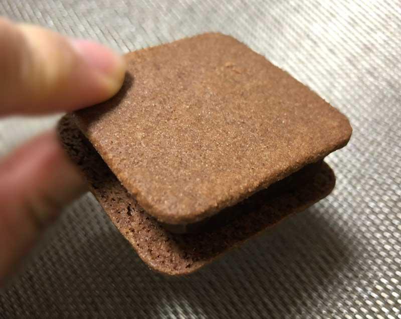 薄めのバタークッキー