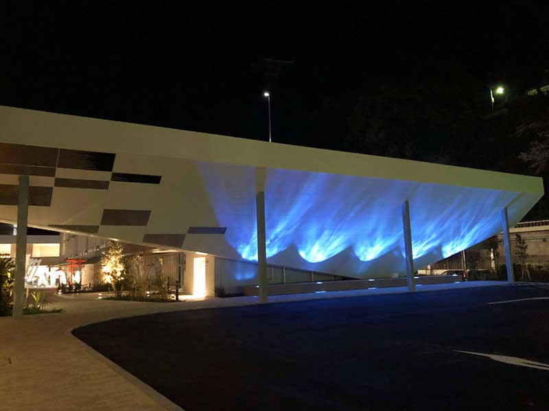 Fuuaの入口の方もこんなに幻想的なライトが