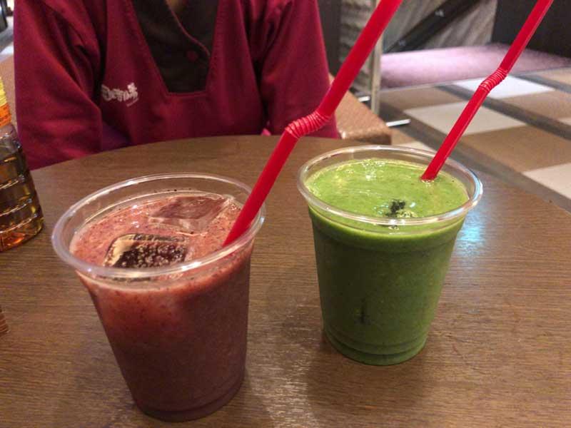 赤と緑の野菜果物がいっぱい