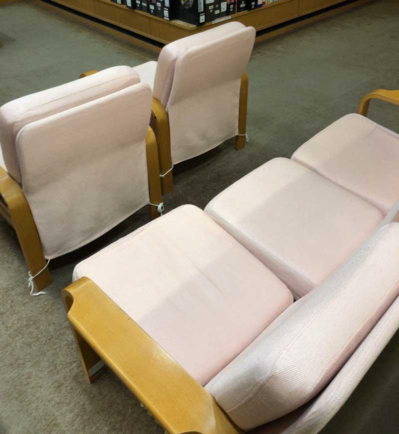 ソファー席もある