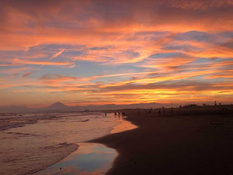 片瀬海岸の夕焼けはこんなに素敵