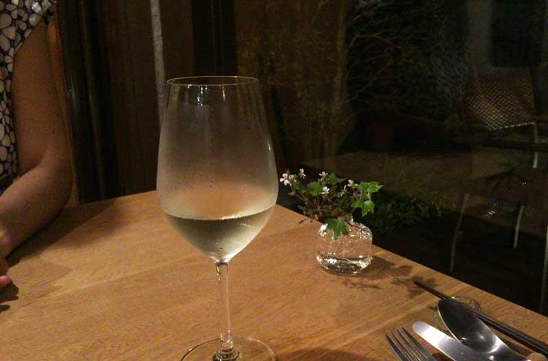 ワインもいただきます
