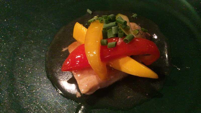 メインのお魚料理にも野菜たっぷり
