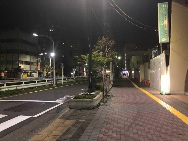 深夜の平塚駅西口近辺