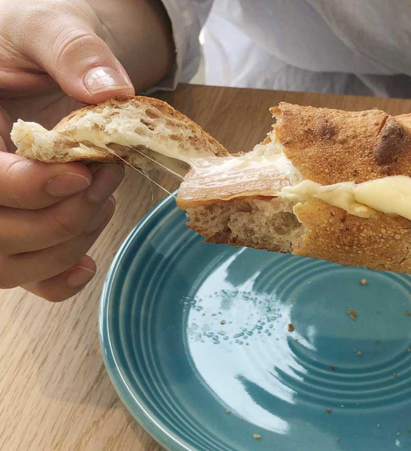 アツアツでチーズがとろーり