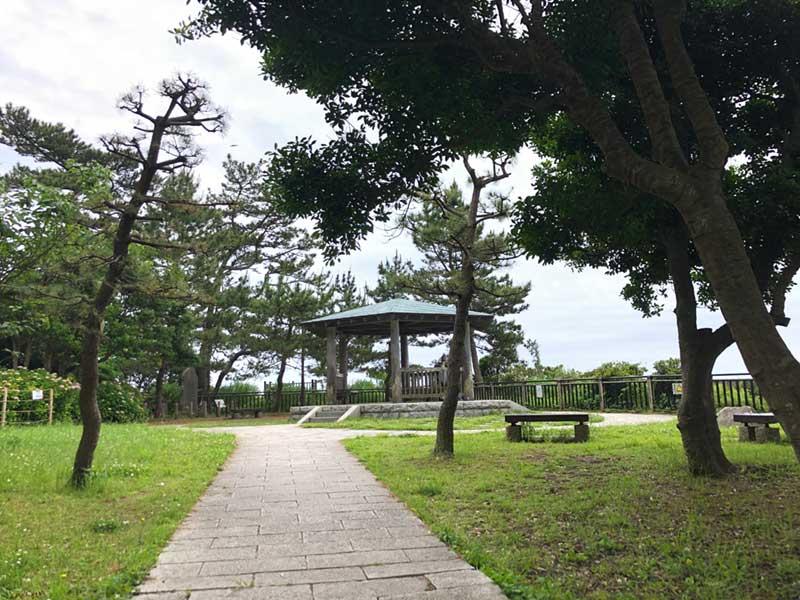 稲村ヶ崎公園の丘の頂上