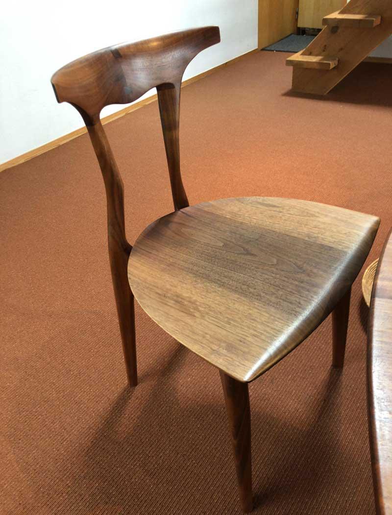 絶妙なフィット感の椅子