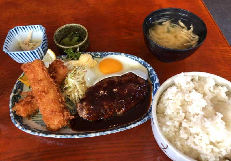 日替わりの洋食ハンバーグ&イカフライ定食