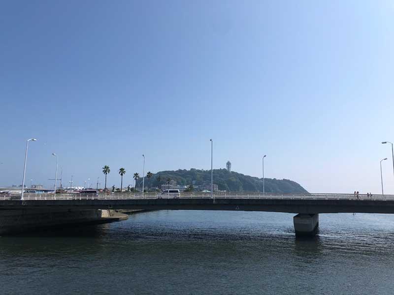 青空の江ノ島