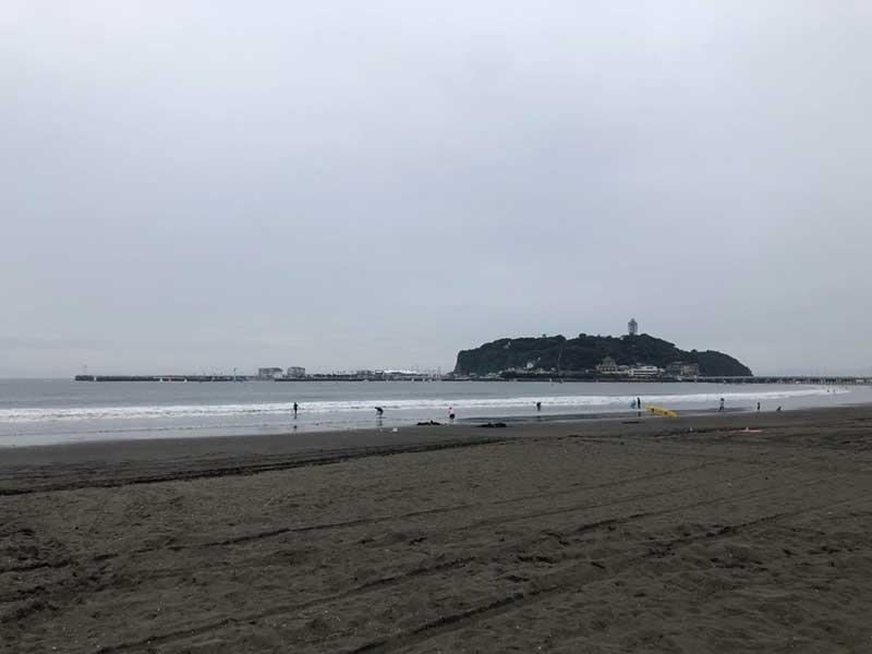 静かな腰越海岸