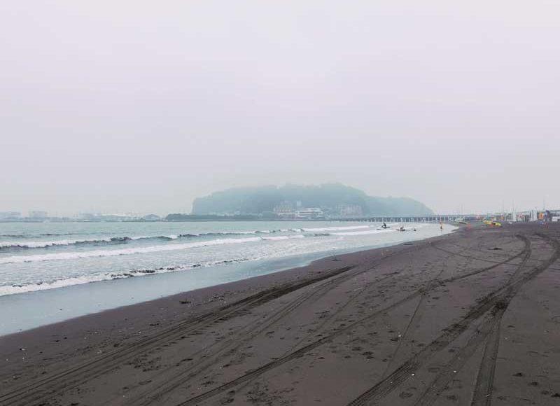 【江ノ島片瀬東浜海水浴場2019年7月】海開きしたけど海の家はまだ利用できない?梅雨明けを待ちましょう