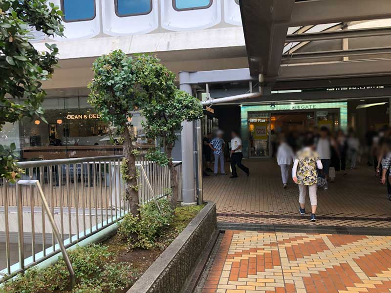 藤沢駅からとにかく近いカフェ